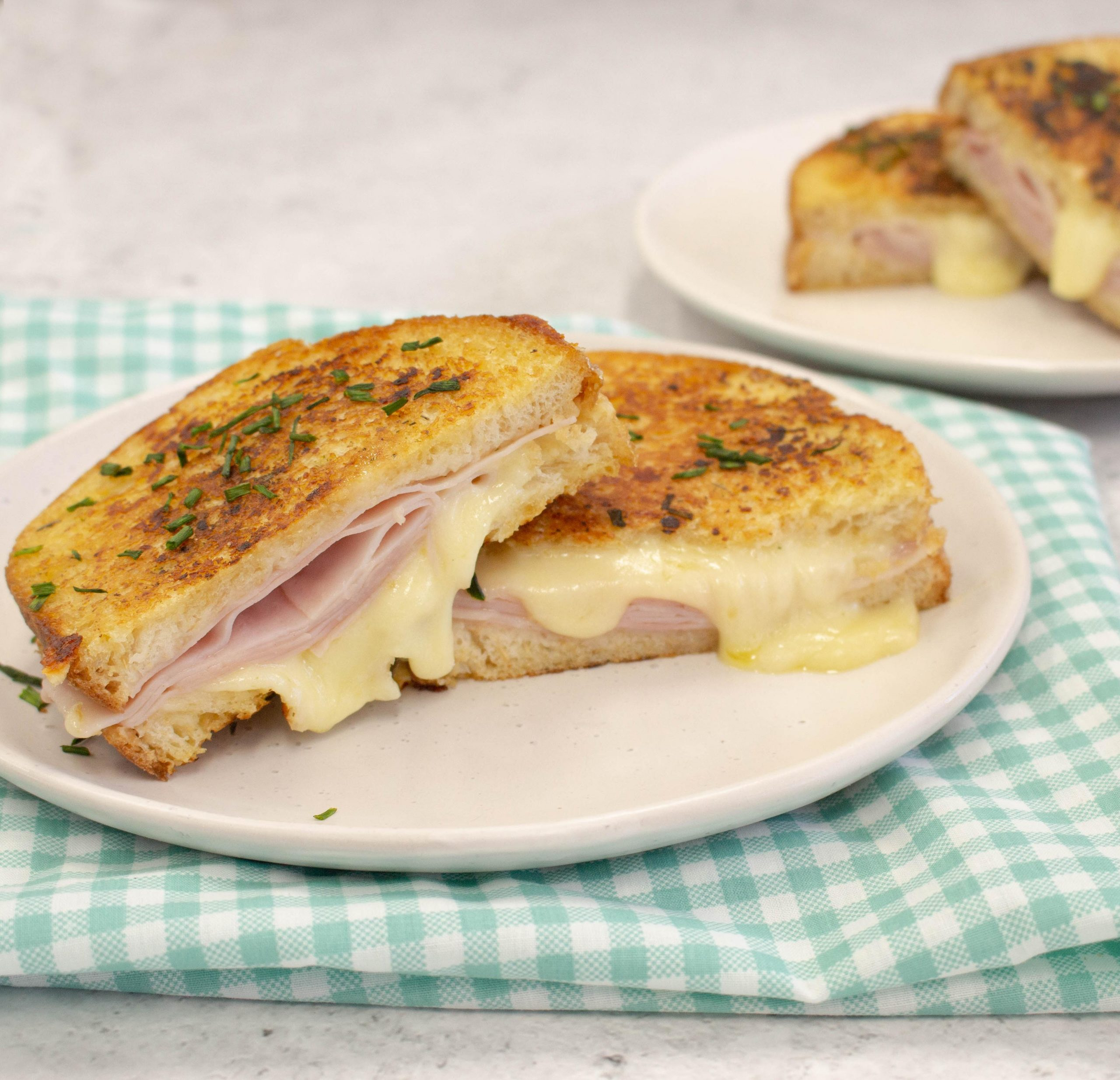 Ham and Cheese Garlic Bread Toasted Sandwich